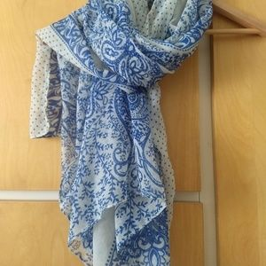 Accessories - Long soft viscose shawl